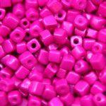 Rocailles van glas, cube, 3-7mm, Fuchsia, 25 gr