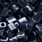 Rocailles van glas, cube, glans, 3-7mm, Donkerblauw, 25 gr