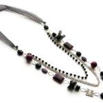 Ketting lang 3 rijen, apart met zwart/wit stof, paars en zilver