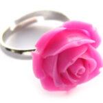 Ring, verstelbaar, met roos van kunsthars, roos 20 mm, Roze, 1 s